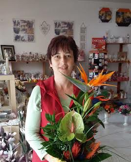 doručenie kvetov pripravované kvetinárkou Mirkou